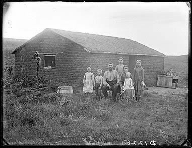 Prairie_pioneers_06